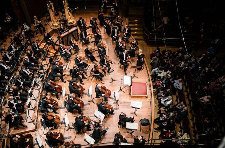 NAK_OrchestreEnHaut